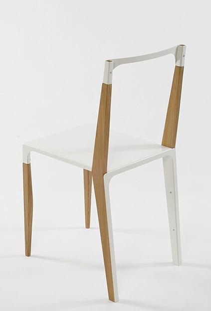 Compresse-plastic-and-wood